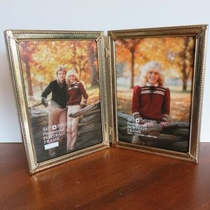 Vtg Decorel 5x7 Double Sided Hinged Picture Frame